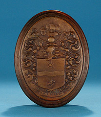 Queen Anne / George I Molded Horn Snuff Box, John Obrisset