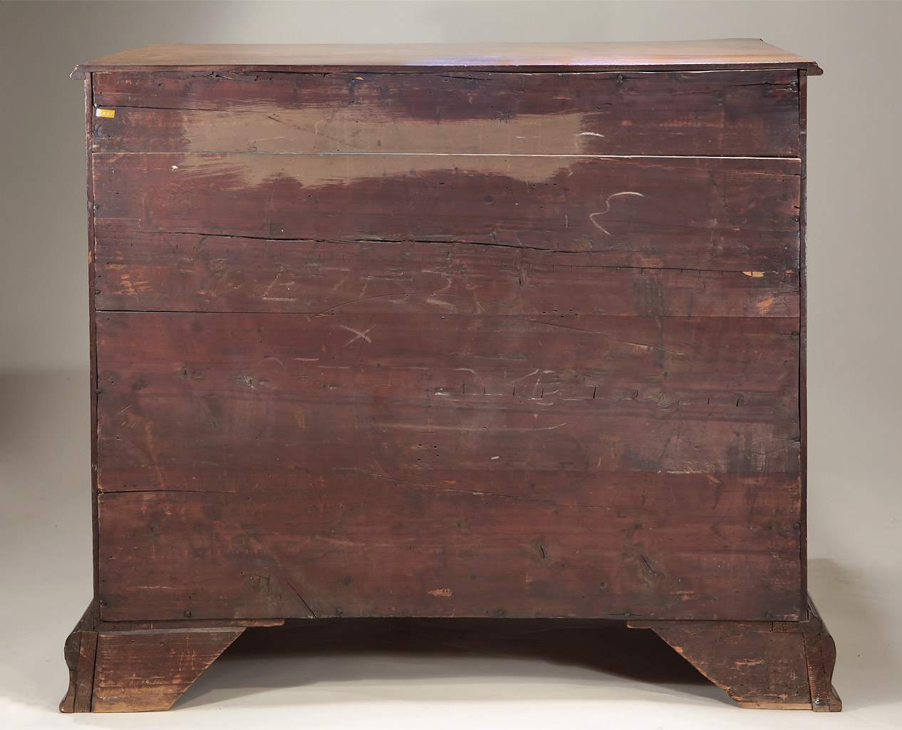 Fine_Early_George_III_Mahogany_Serpentine_Chest_c1760_back