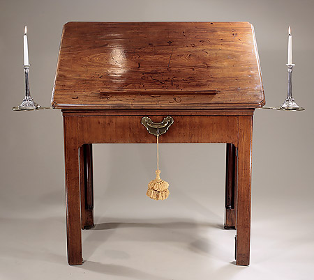 Fine_George_II_Mahogany_Architects_Desk_c1745_closed