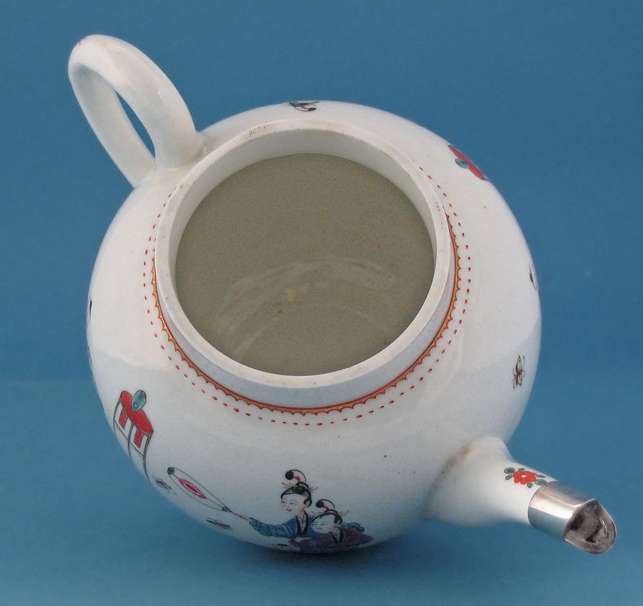 First Period Worcester Teapot & Cover, Chinese Family, c1760-65, interior and spout