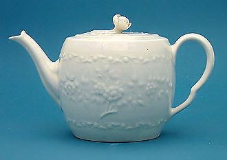 First Periow Worcester White-Glazed Porcelain Teapit, c1758-60