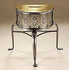 Fine George II Brass & Steel Demi-Lune Fireplace Trivet, England c1750, with pierced frieze
