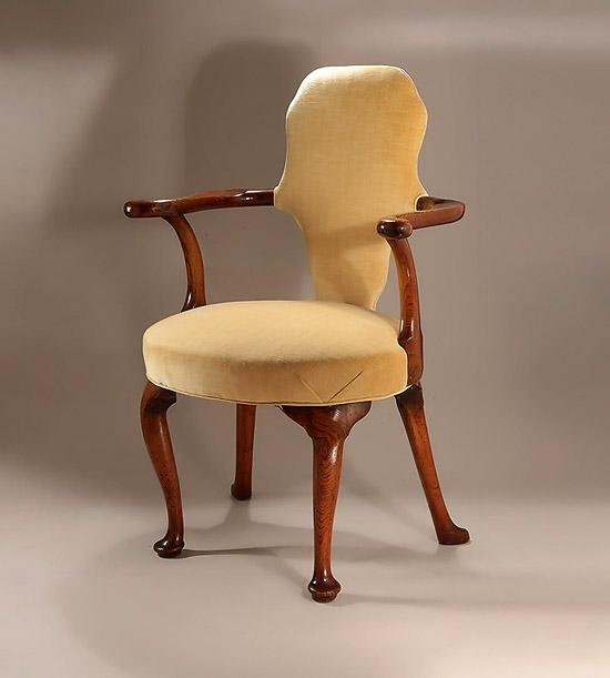 Good George I Elmwood Writing Chair, England, c1720