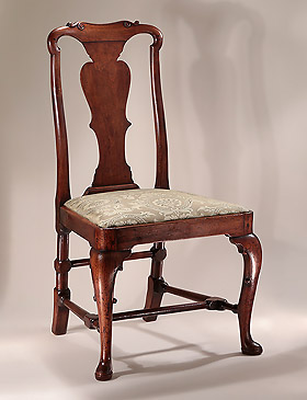 Queen Anne / George I Carved Walnut Side Chair, Chinese Influences to Crestrail, c1710-20