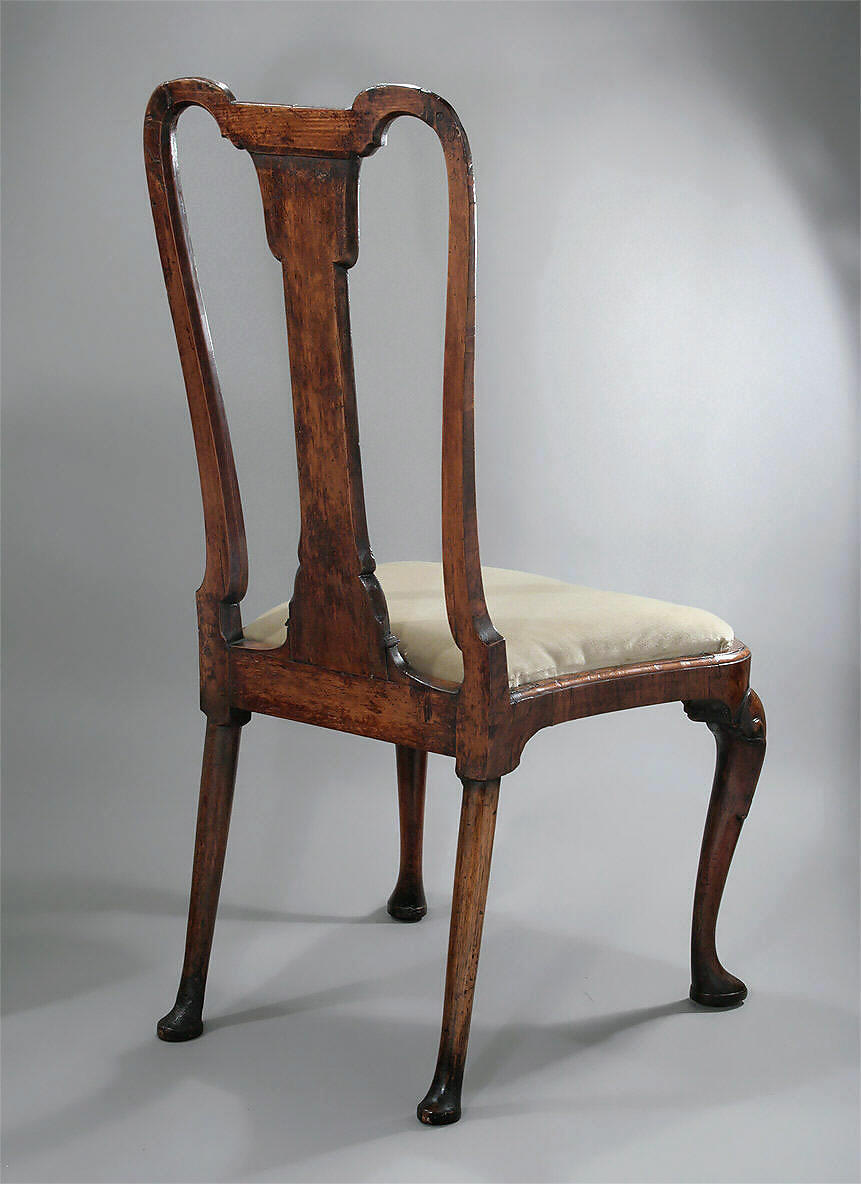 Queen anne george i walnut veneered side chair england for Queen anne furniture