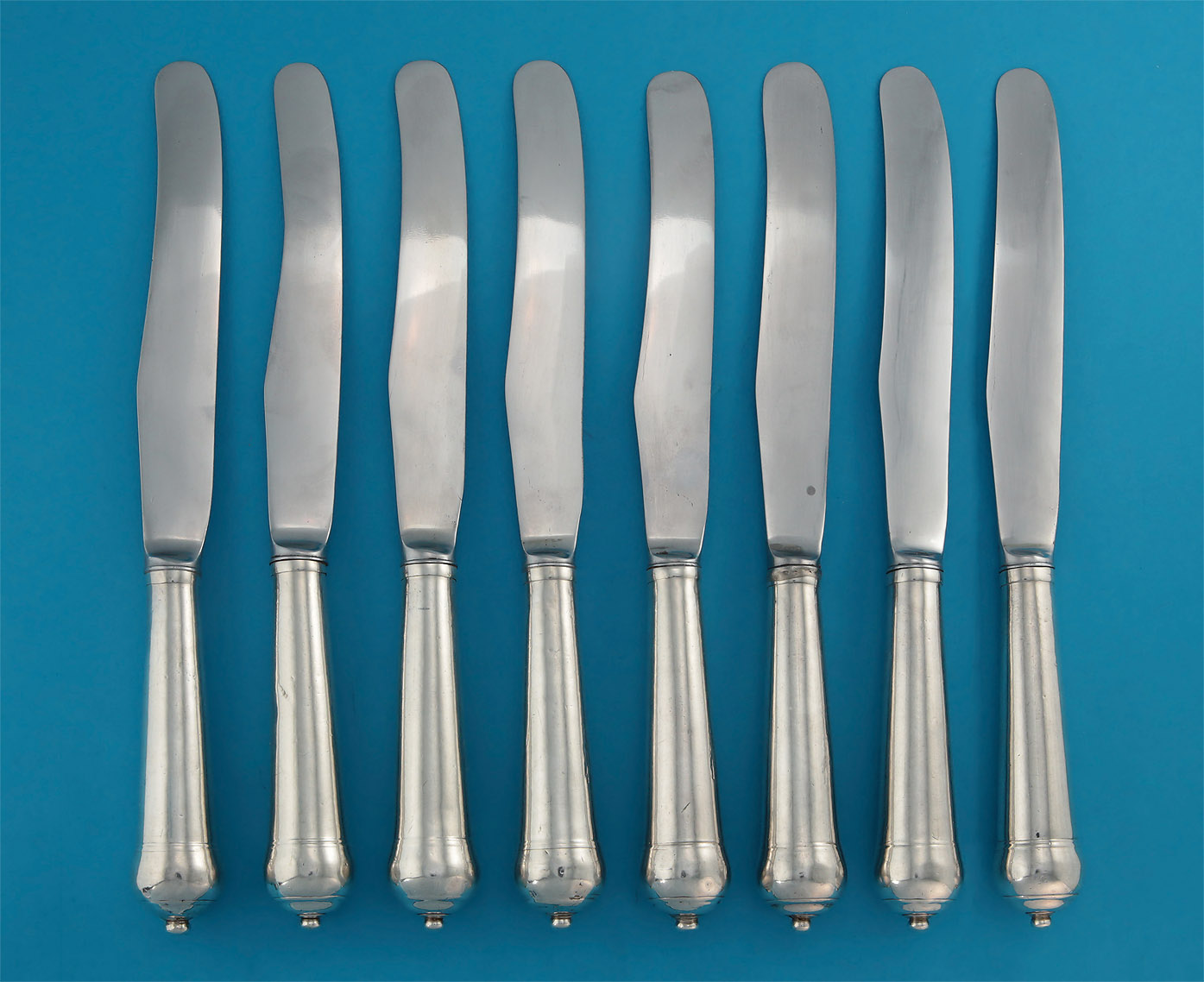 Rare Set Charles II / William & Mary Cannon-Handled Knives, verso